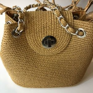 Handbags - Trebd👀 All about the straw bag 👀